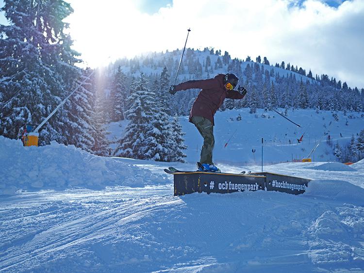 Snowpark Schnee Funpark Skitricks Snowboard Freestyleskifahrer