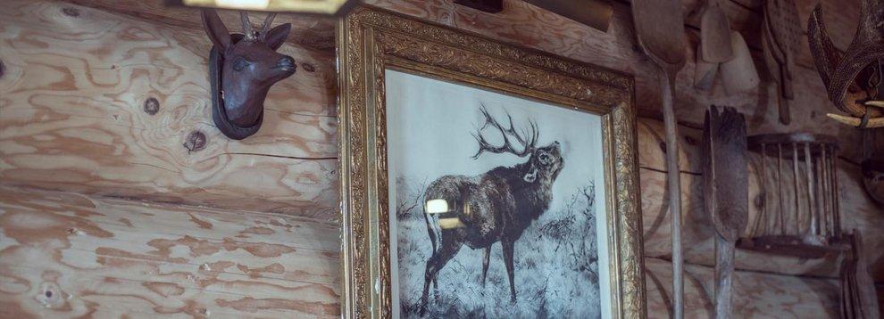 Aar-Wirt Hochfügen Wander- und Skihütte Rustikale Spezialitäten Zillertal