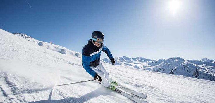 Frühjahrsskifahren Schnee Hochfügen Skiurlaub Zillertal