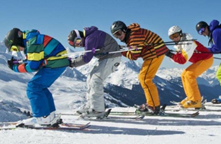 Aktiv Skischule Hochfügen Skifahren Schussfahren Skipiste Hochfügen