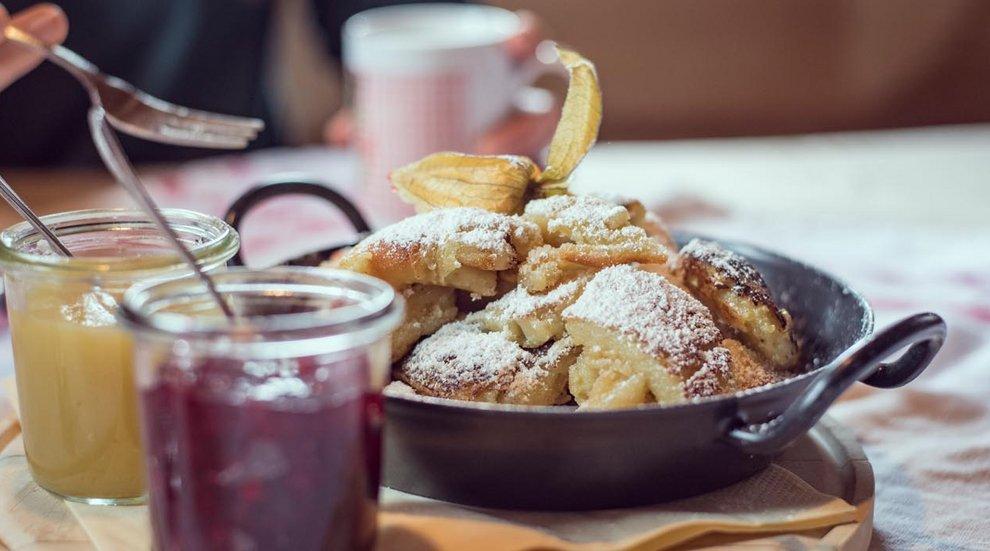 AarWirt Hochfügen Kaiserschmarrn Zillertaler Süßspeisen Kulinarik