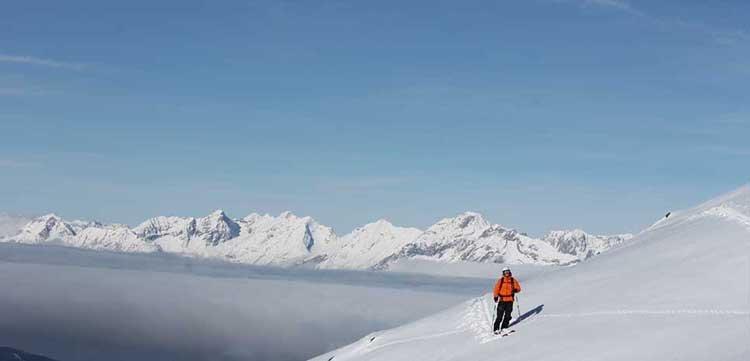 Skifahren Freies Gelände Zillertaler Alpenregion Hochfügen Freeriding Powder Tiefschnee