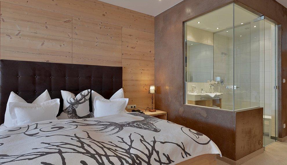 Ambiente Hotel Almhof Hochfügen Einrichtung Doppelzimmer Skiregion Zillertal