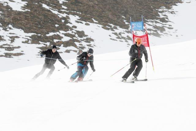 Zillertal Seilrennen Hochfügen Dreierseilschaft Skirennen Kinder und Erwachsene