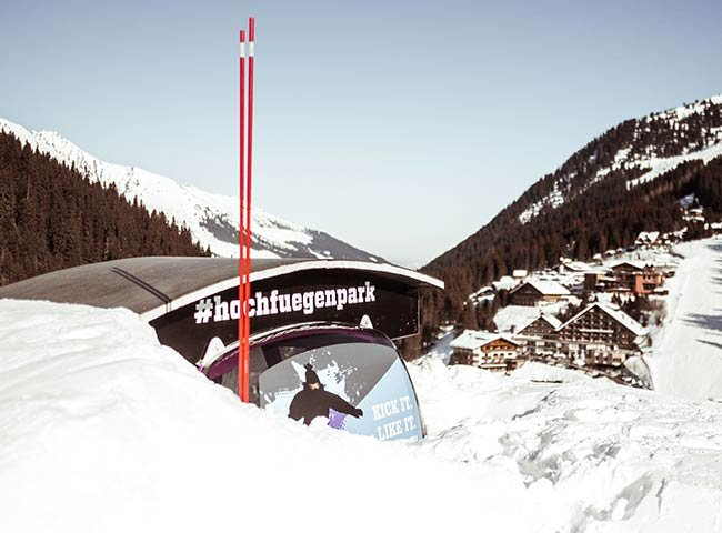 Freeride Freestyle Funpark Snowpark Snowride Freeskier Snowboard Skistunts Wintersport Shredden Zillertal