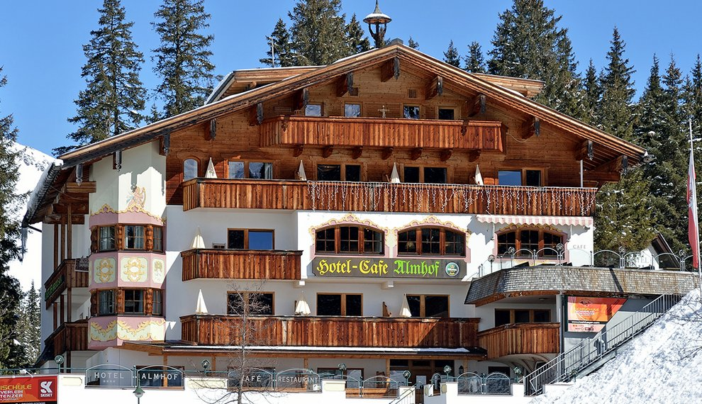 Hochfügen Hotel Almhof Winter Skiurlaub Hotelaufenthalt Zimmer