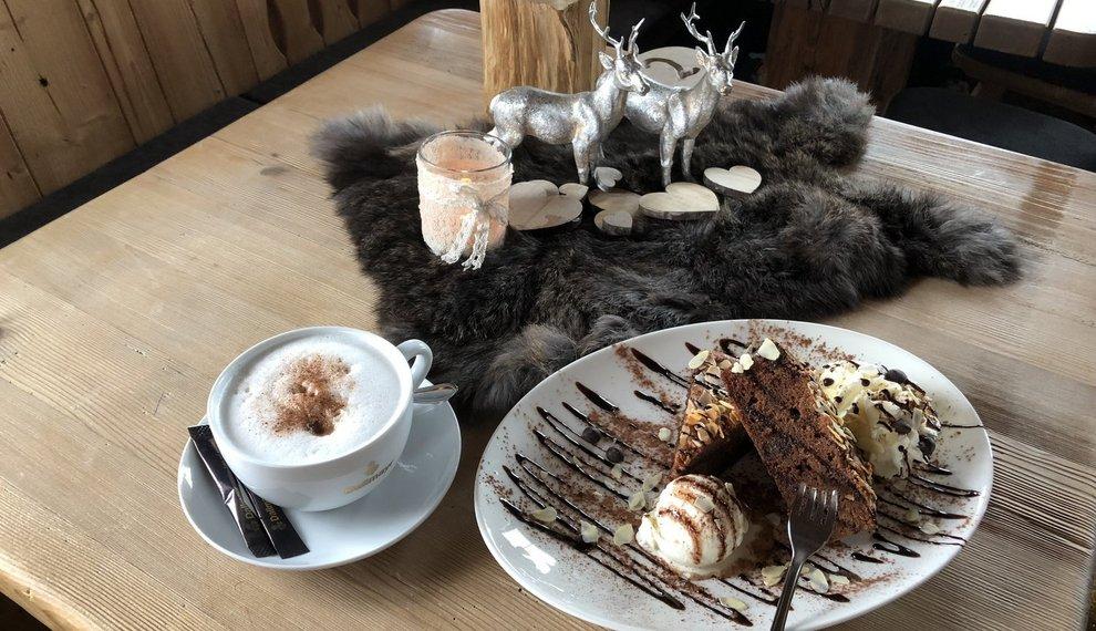 Holzalm's Schokoladenkuchen Rezept Hochfügen Zillertaler Schmankerl