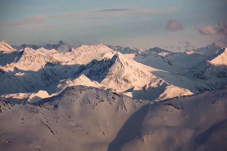 Ausblick Hochfügen Zillertaler Berge Sonnenaufgang Schnee