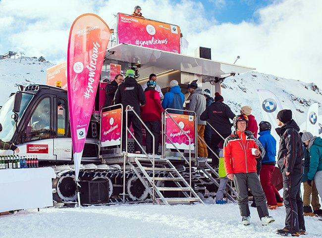 Haubenküche Foodtruck Skifahren Hochfügen Essen auf Rädern