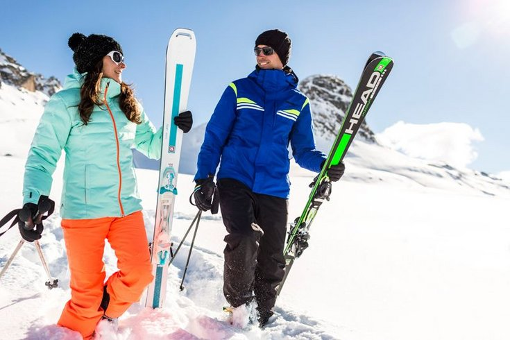 Skiprofis Skilehrer Kostenzer Skifahren Piste Zillertal