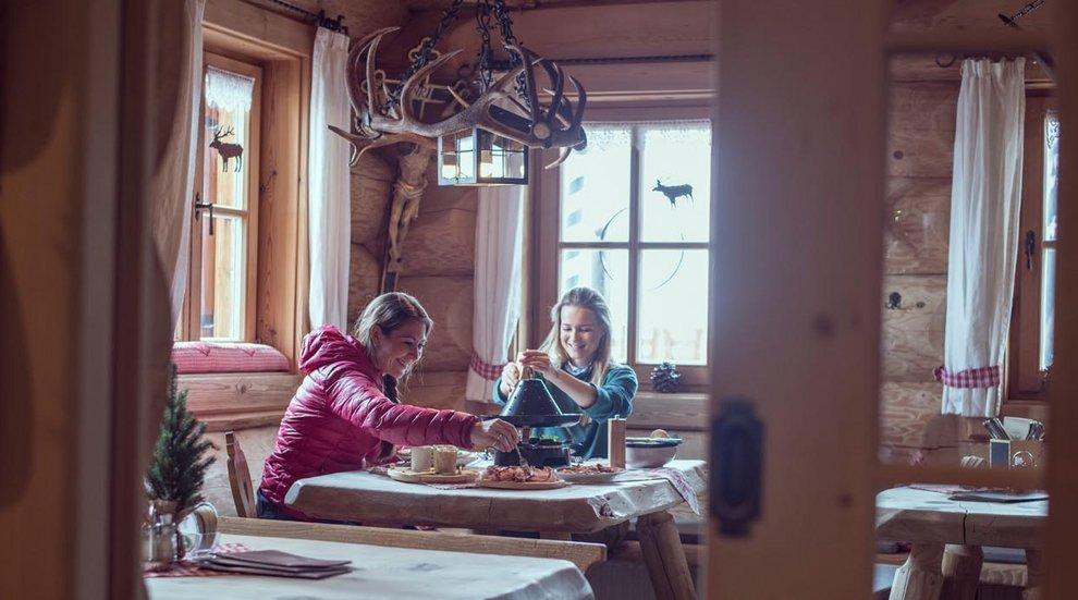Aar-Wirt Hochfügen Aussichtsturm Alpenwelt Hutessen Zillertal