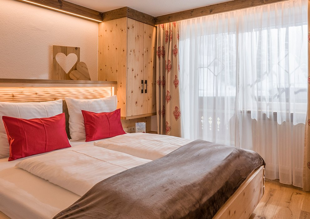 Berghotel Hochfügen Zimmerangebot Zillertal Hotelaufenthalt