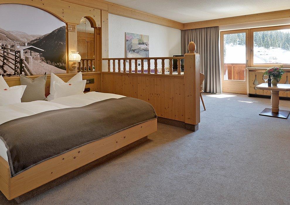 Hochfügen Hotelzimmer Skiregion Zillertal Schneeurlaub Schnee Gemütlichkeit Zweisamkeit