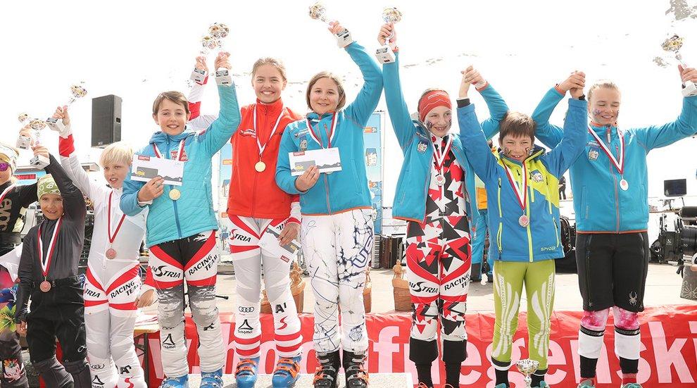 Sieger Skistar Hochfügen Kinderseilrennen Tirol