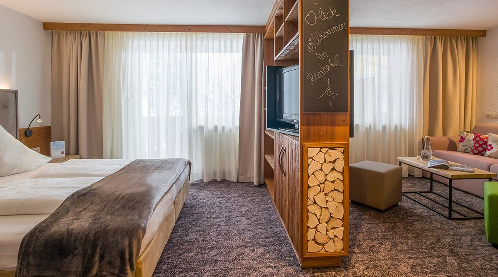Doppelzimmer Berghotel Hochfügen Modern Zillertal Erholung Winterurlaub
