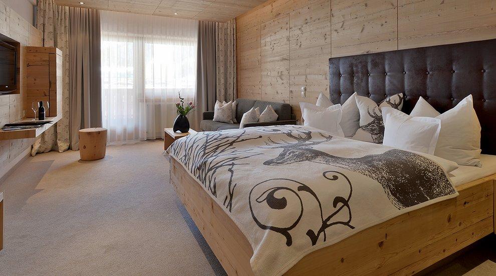 Hotel Almhof Skiurlaub Winter Zimmergröße Skiregion