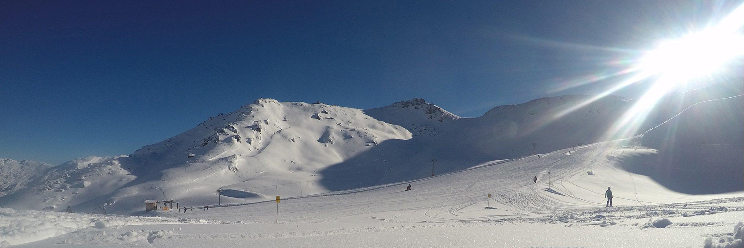 Fruehling Hochfuegen Skifahren