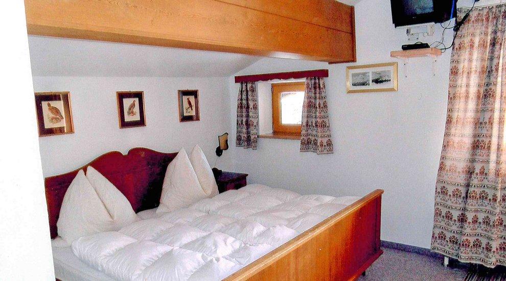 Haus Theato Hochfügen Skiurlaub Winter Landhaus Skiregion Zillertal