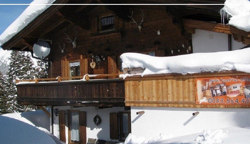 Thaler Hütte Skigebiet Hochfügen Zillertal Unterkunft