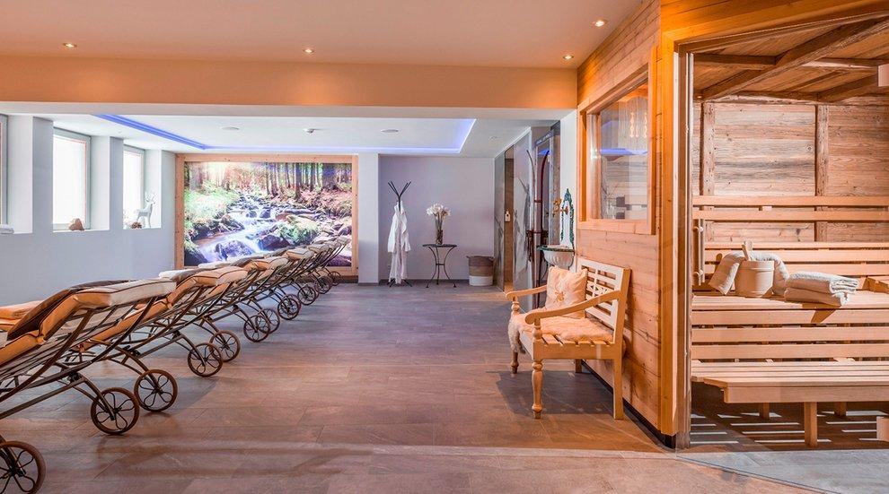 Berghotel Hochfügen Wellness Skifahren Entspannen Sauna Zillertal