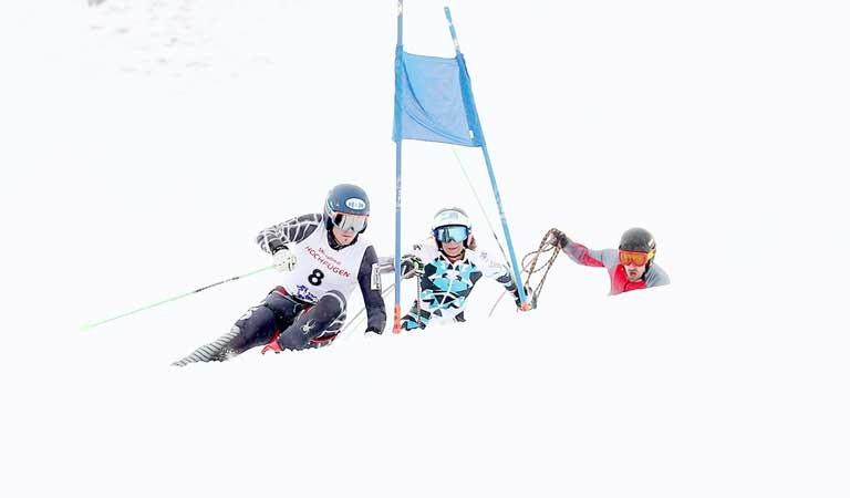 Seilrennen Zillertal Hochfügen Skisport Piste Winter Skifahren Seil