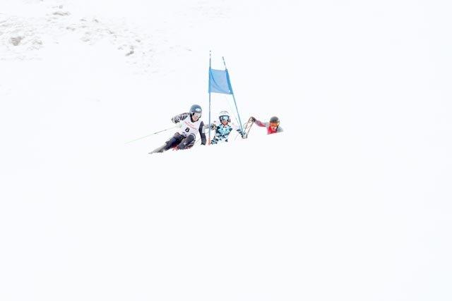 Seilrennen Hochfügen Groß und Klein Skifahren Winterereignis Zillertal