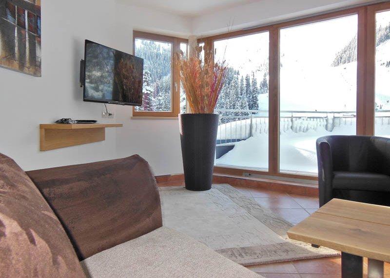 Chalet Apart Hochfügen Couchblick Zillertal Skiurlaub Winter