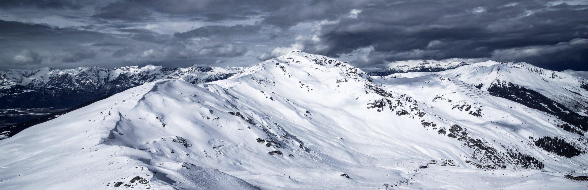 Big Mountain Hochfügen Wintersport Zillertal Winter Tirol Skiurlaub Tiefschnee